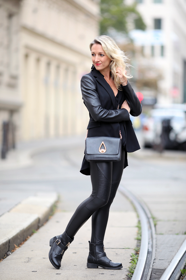 Herbst Outfit: Glamrock mit Lederröhre, Blazer & Boots