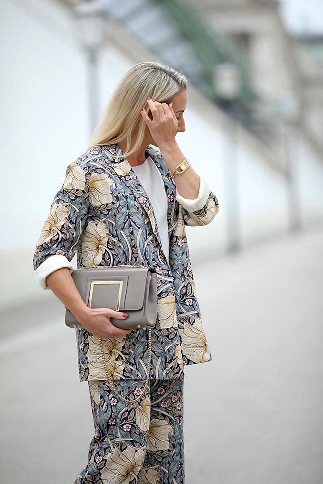 collected by Katja, Business Look Woman, Outfit Büro, Hosenanzug cool, Pyjama Anzug, Modetrends Winter 2018, Modeblog Österreich, fashion blog Austria, lifestyle blog, Ü40 Blog