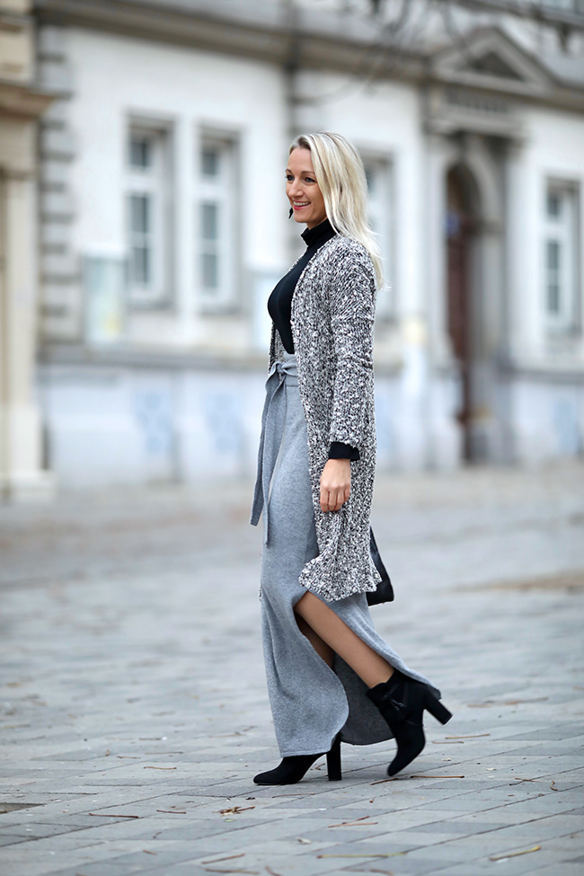 collected by Katja, Modeblog Österreich, fashion blog Austria, life style blog, Ü40 blog, Ü30 outfit, Winter outfit, cashmere skirt, Maxirock, Layering, Rollkragenpullover, Cardigan, Strick Outfit