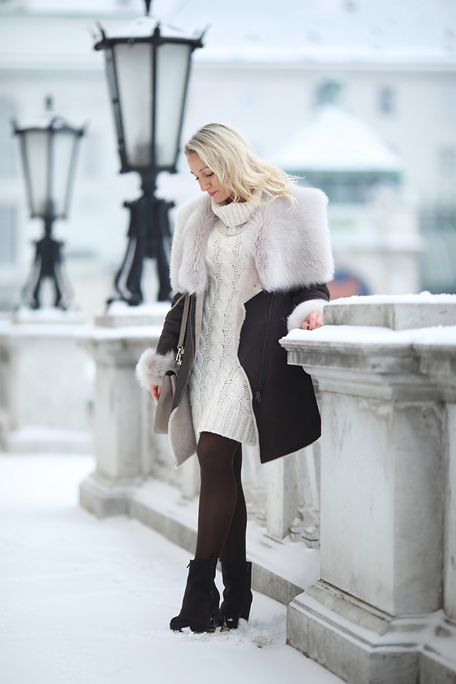 collected by Katja, Modeblog Österreich, Austrian fashion blog, Ü40 blog, Ü40 style, Lammfellmantel, Toskana Lammfell, Merino Lammfell, sheepskin coat, shearling coat, Strickkleid Winter, Calvin Klein boots, Mantel braun Outfit, Aigner Tasche beige