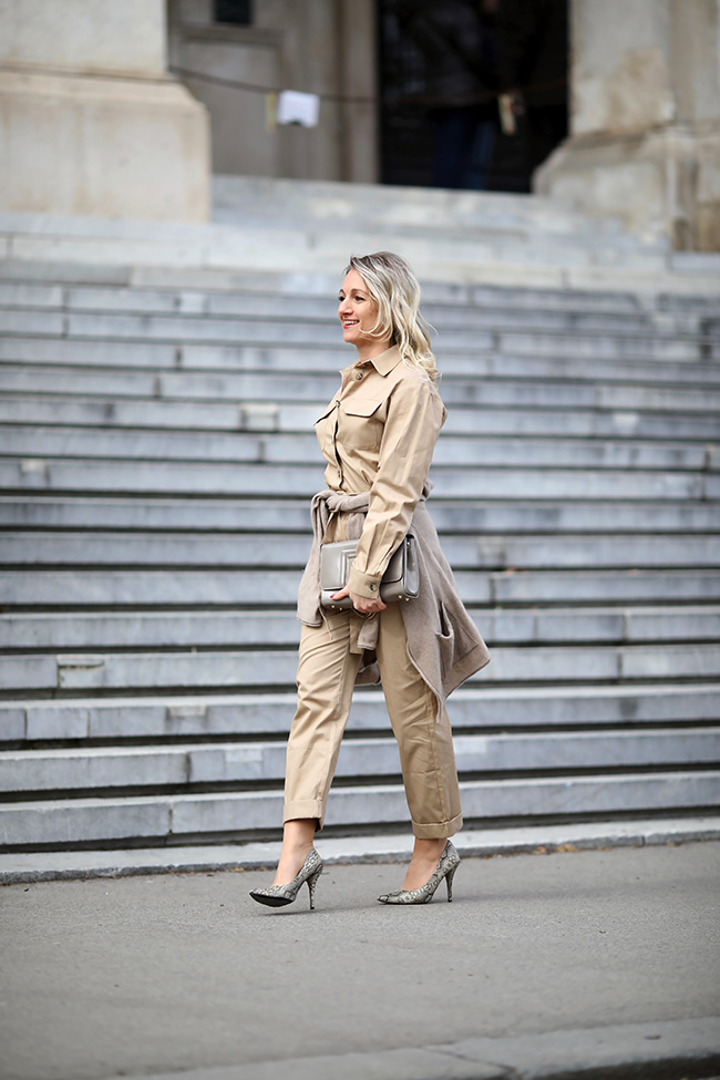 collected by Katja, utility overall, Must have Modetrend 2019, Styling Utility Overall, wie kombiniere ich Worker Overall, Jumpsuit, Safari Style, High Heels Snake, animal print Schuhe, Ü40 Outfit, Ü40 Blog, lifestyle blog, fashion blog