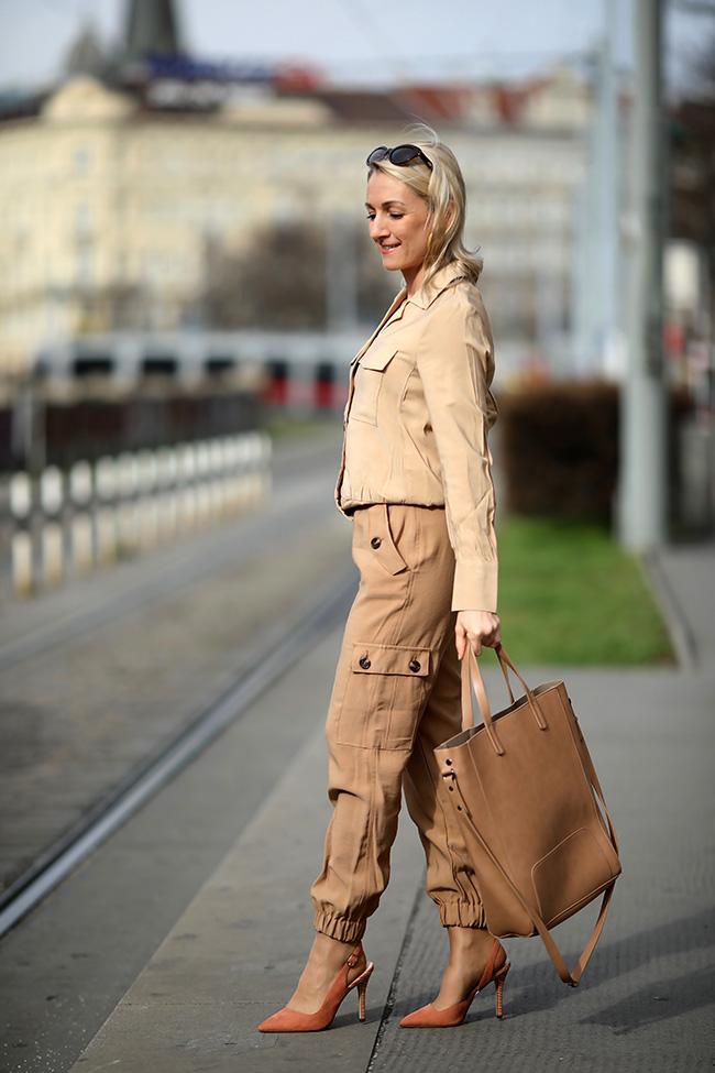collected by Katja, Safari Outfit, Safari Style, Safari Look, Modetrends 2020, Mode Ü40, fashion over 40, Modeblog Ü40, lifestyle blog Austria, Modeblog Österreich